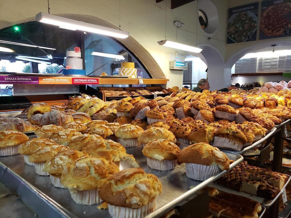 Una tradicional panadería, Tecate